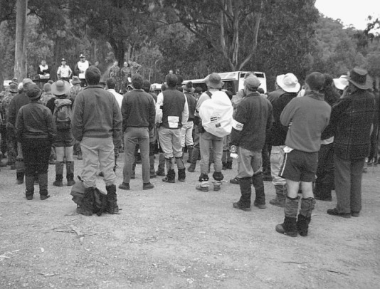 Police briefing for all searchers, Tawonga Gap 2001